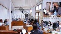 Rapat Dengar Pendapat Komisi II DPRD Malra